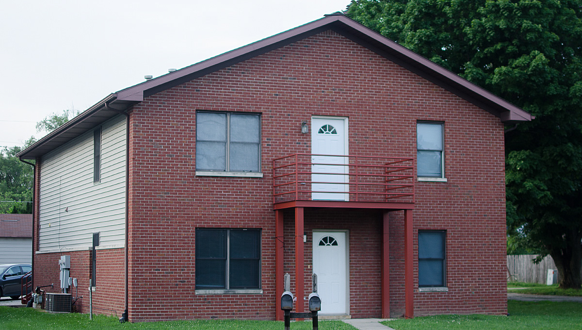 1816 & 1818 Bethel