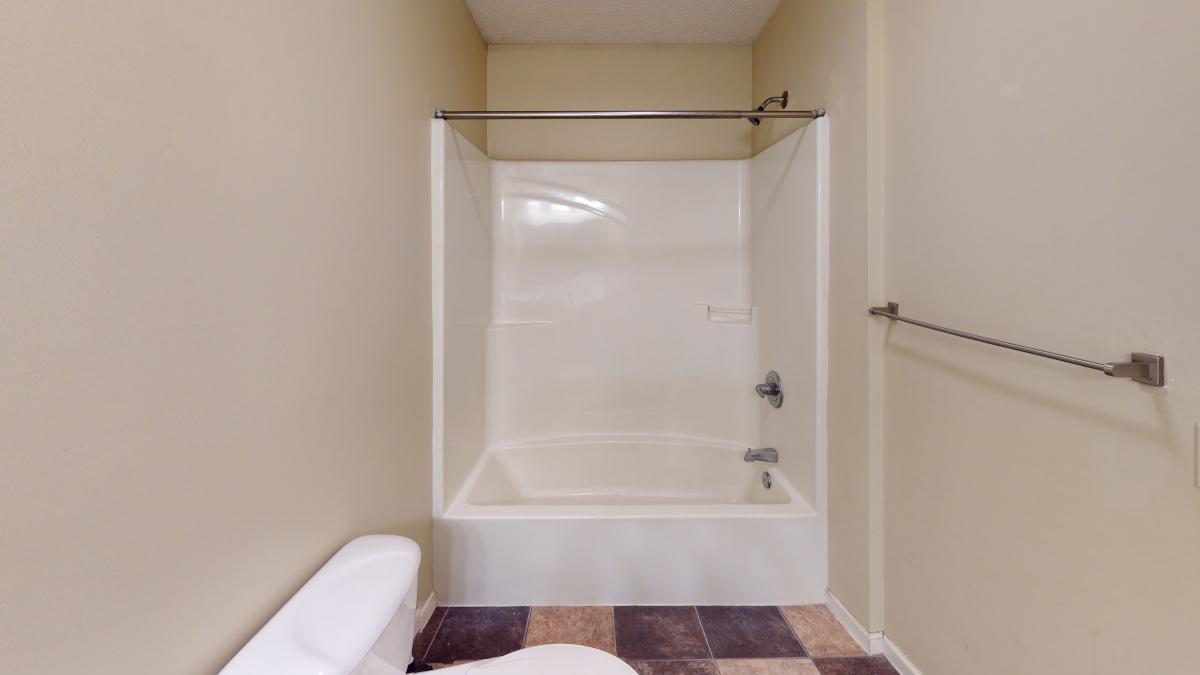 1127-Neely-Bathroom(2)