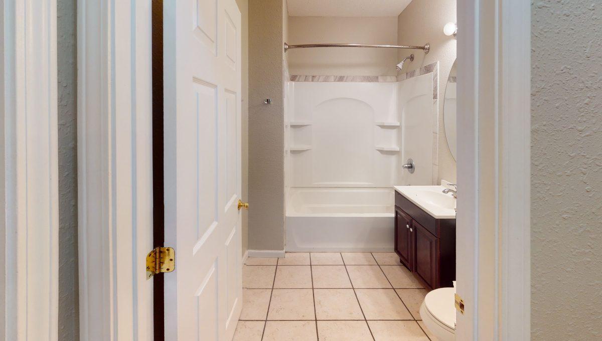 1220-W-Neely-Bathroom